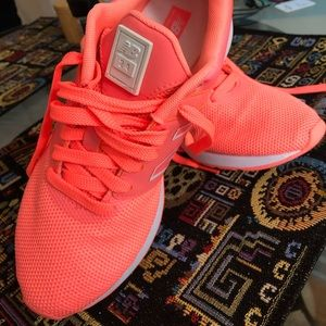 New Balance Running Sneakers Shoes Women's Size 7